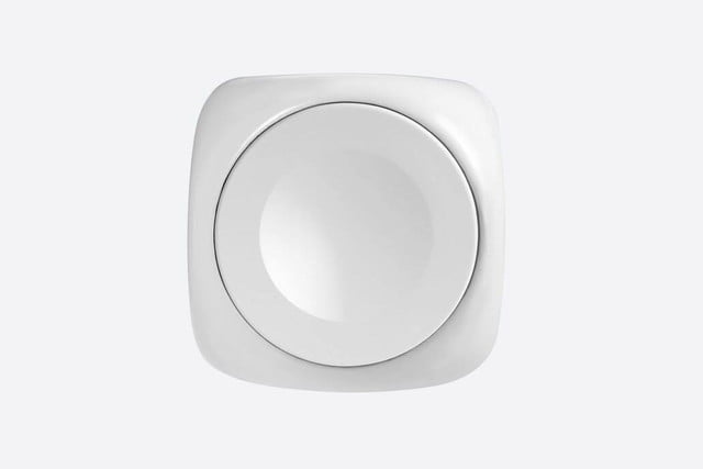 joostcube is the tiny apple watch charger that will keep your gadget juiced 4