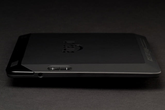 Kindle Fire HDX right side
