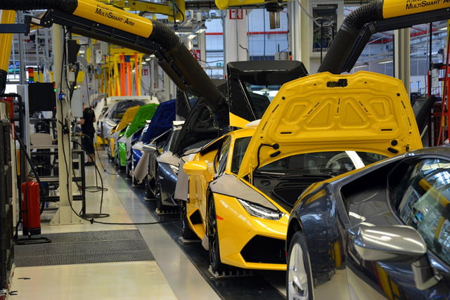 How Lamborghini Are Made Factory Tour Pics Prod Process