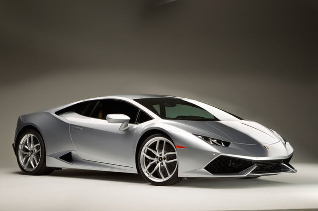 lamborghini wants you to get tail happy in a rear wheel drive special edition huracan. Black Bedroom Furniture Sets. Home Design Ideas