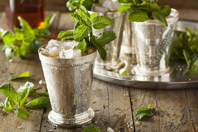 Let it ride with these tasty Kentucky Derby drinks