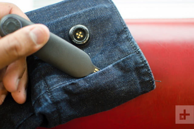 levis smart jacket changed how i use my phone levi jacquard google remote pocket