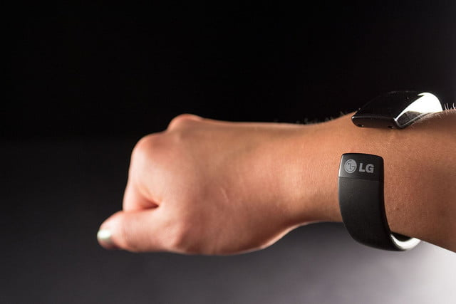 LifeBand FB84 BM on wrist 1