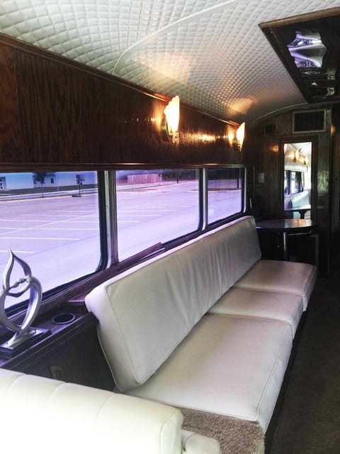 Loretta Lynn S Eagle Tour Bus Up For Auction On Ebay