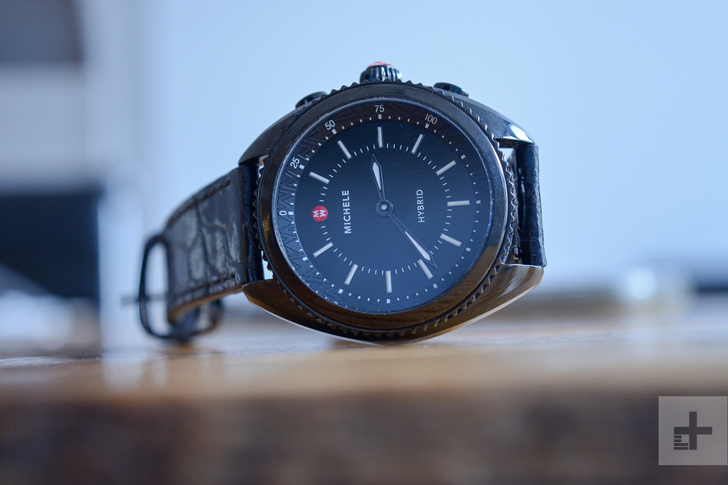 what is a hybrid smartwatch and how does it work. Black Bedroom Furniture Sets. Home Design Ideas
