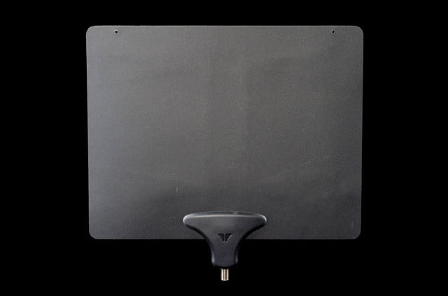 mohu leaf ultimate hdtv antenna review adapter back