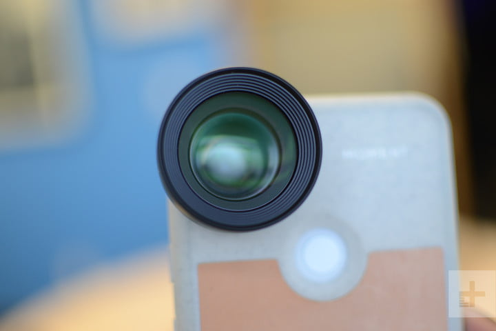 moment 58mm telephoto lens product impressions  6