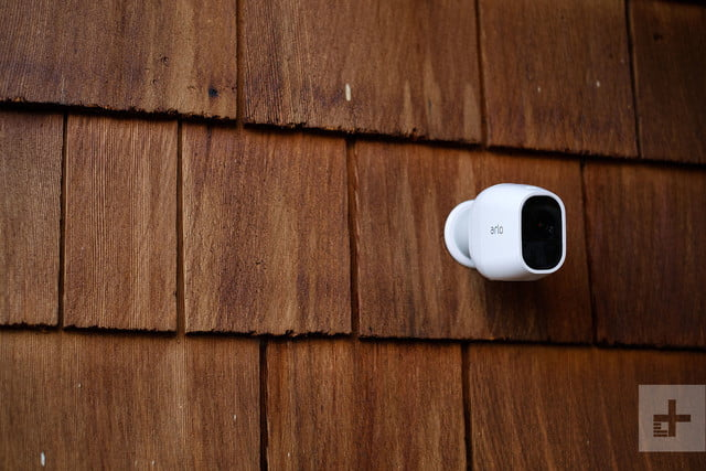 arlo pro 2 review a top of the line security camera. Black Bedroom Furniture Sets. Home Design Ideas