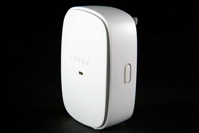 Nyrius Smart Outlet side angle