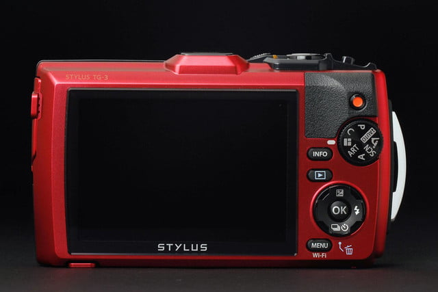Olympus Stylus TG-3 back screen off