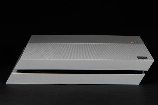 PlayStation 4 PS4 20th Anniversary logo side 2