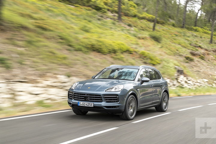2019 porsche cayenne e hybrid front right center