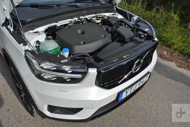 2019 Volvo XC40 first drive review engine