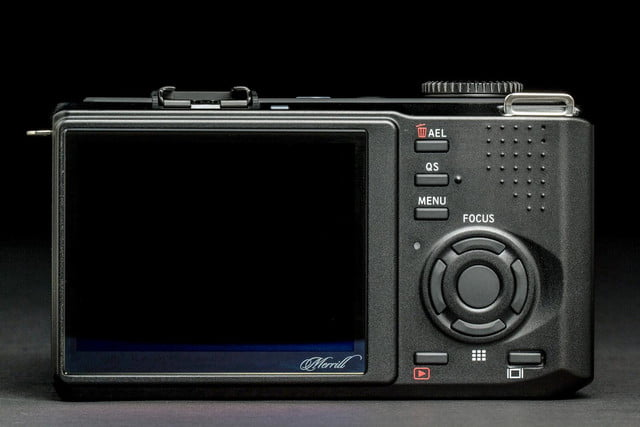 sigma dp3 merill review rear lcd power off