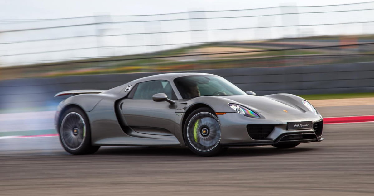 porsche 918 spyder sold out successor coming eventually. Black Bedroom Furniture Sets. Home Design Ideas