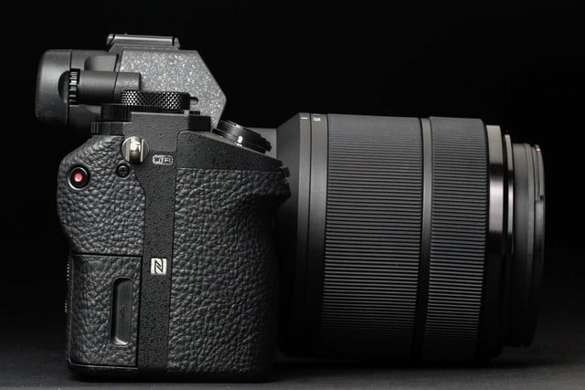 Sony Alpha A7 Mark II review left side