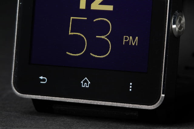 Sony SmartWatch 2 face angle