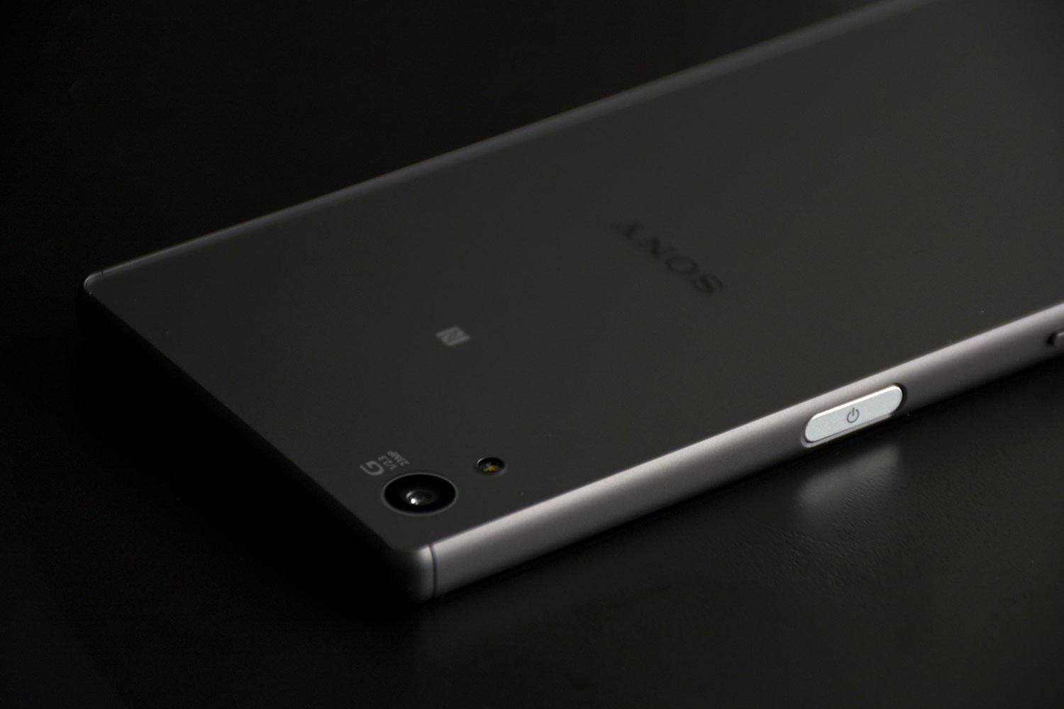 Sony Xperia Z5 Full Review Specs Price And More