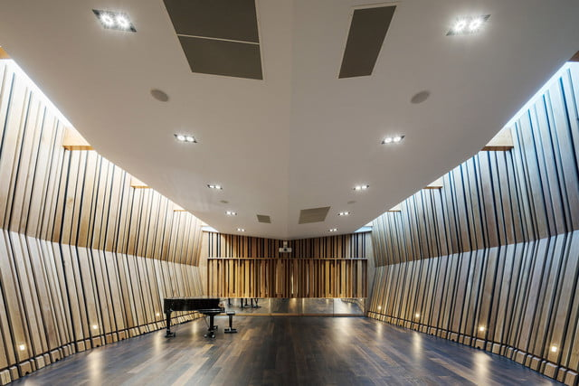 sunbeams music center features locally sourced materials 01