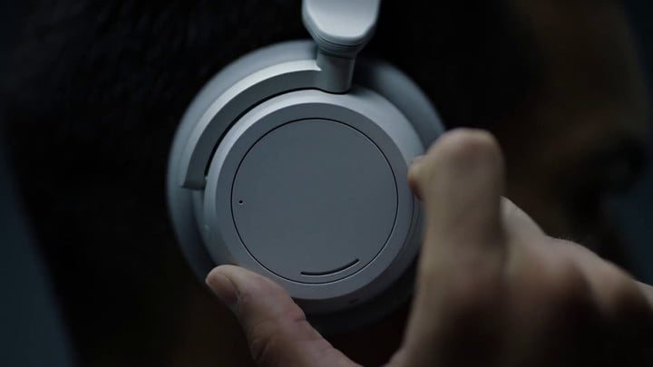 microsoft surface headphones news surfaceheadphones screen  4