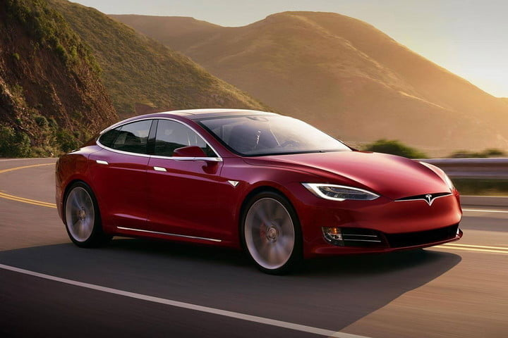 Tesla ends scheduled servicing because electric cars need less maintenance