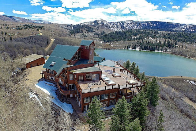 retreat from society and relax in these idyllic cabins around the world timber moose lodge 8