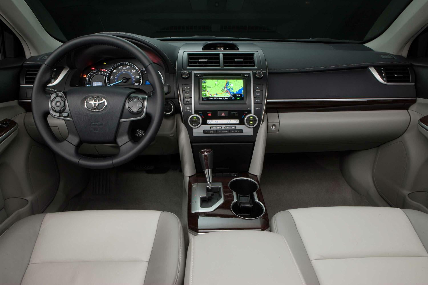 2014 Vs 2015 Toyota Camry Digital Trends