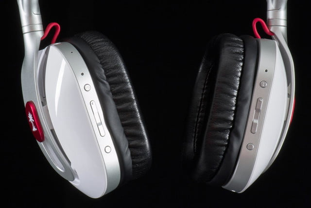 Turtle Beach i60 review headphones buttons