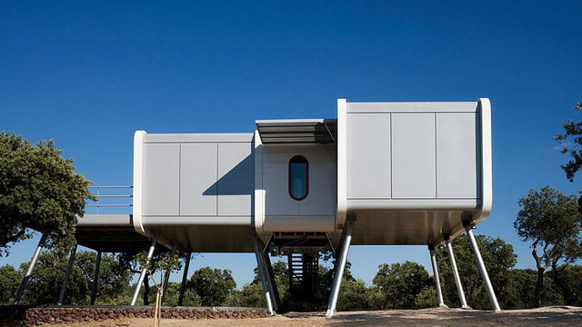the prefab spaceship house looks like it came from space ufo 1