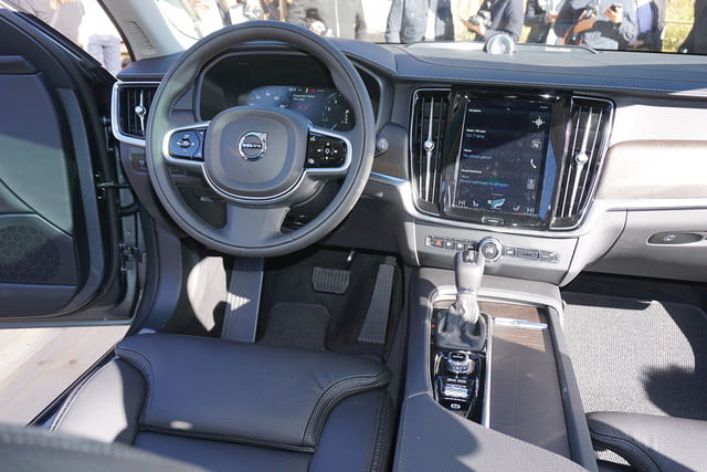 volvo v90 cross country news specs pictures 09