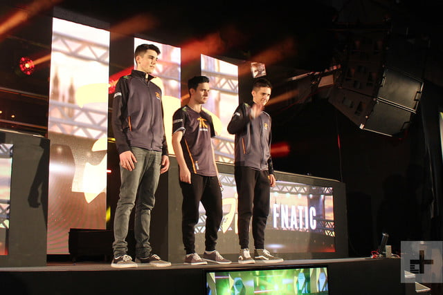 your smartphone is the key to future of esports vainglory 1