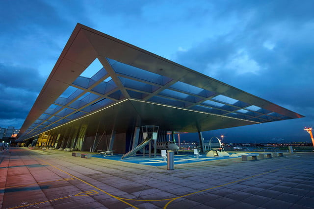 best airports for layovers z  rich airport observation deck b nachts 1